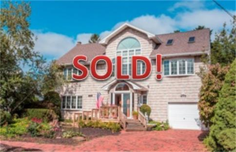2379 Elk Court North Bellmore Ny 11710 Us Queens Home For
